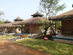 Luxury Camp at Kundalika, Kolad Rafting